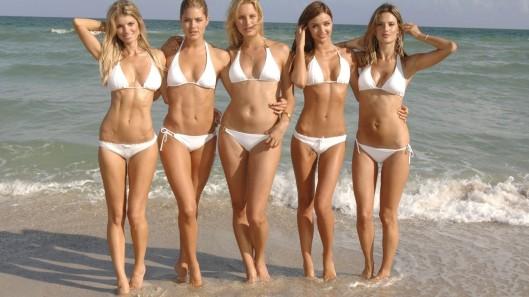 victoria-secret-bikini-girls-sexy-beach