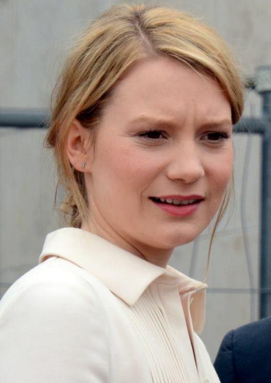 Mia_Wasikowska_Cannes_2014