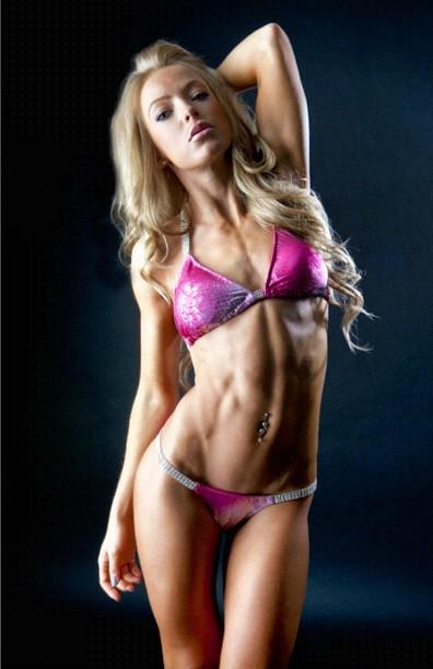 Bikini Fitness Model - Sera Elisabeth