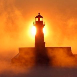 cropped-cropped-lighthouse-2